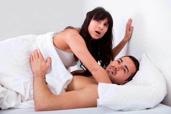 Dicas de como agir quando pegar o seu marido na cama com outra